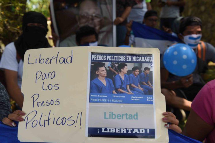 Gobierno anuncia la excarcelación de 100 presos políticos
