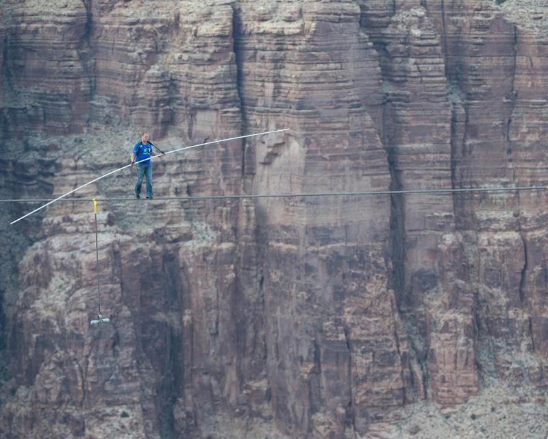 Acróbata estadounidense, Nik Wallenda, caminará en una cuerda sobre el volcán Masaya