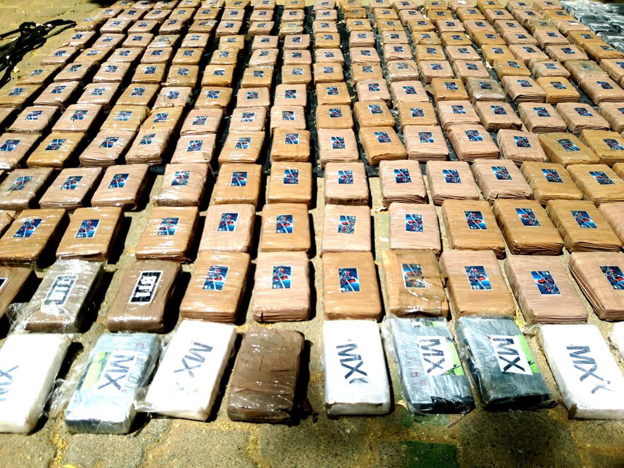 Ejército de Nicaragua incauta 395 tacos de cocaína