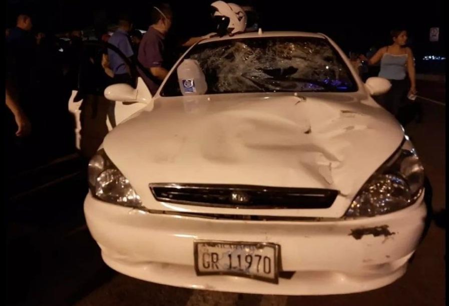 Dos personas fallecidas en accidente de tránsito