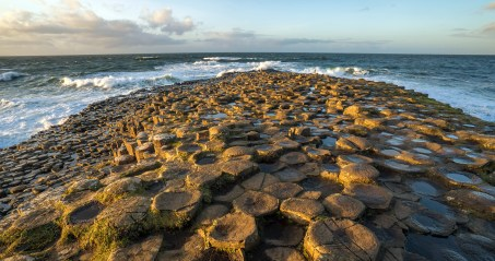 Giants Causeway point