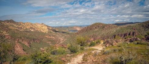 Trail to Canyon Lake