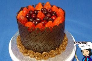 Tarta de Chocolate y Fruta