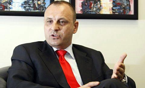 Kosova e dënon ndalimin e deputetit Petroviç nga Serbia