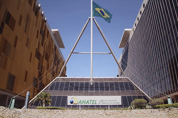 Anatel prorroga o prazo para concessionárias divulgarem as metas do PGMU