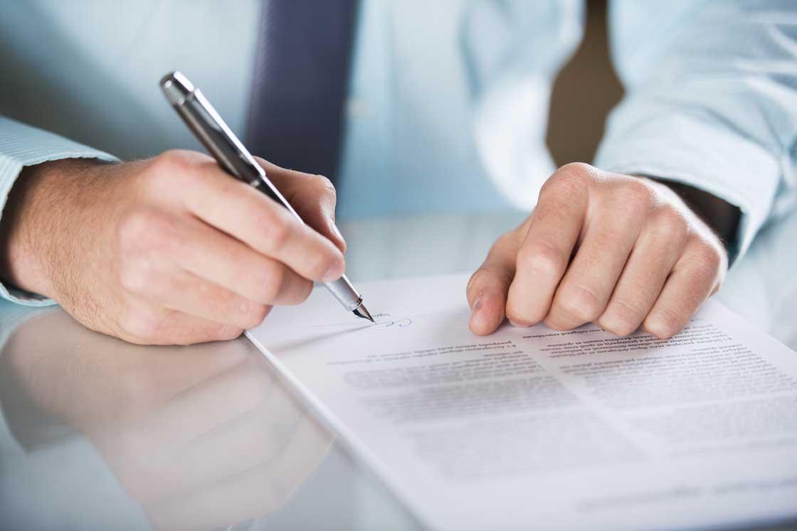 Advokater og konsulenter