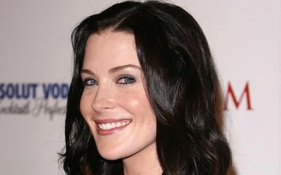 Bridget Regan Cast On White Collar Mxdwn Television