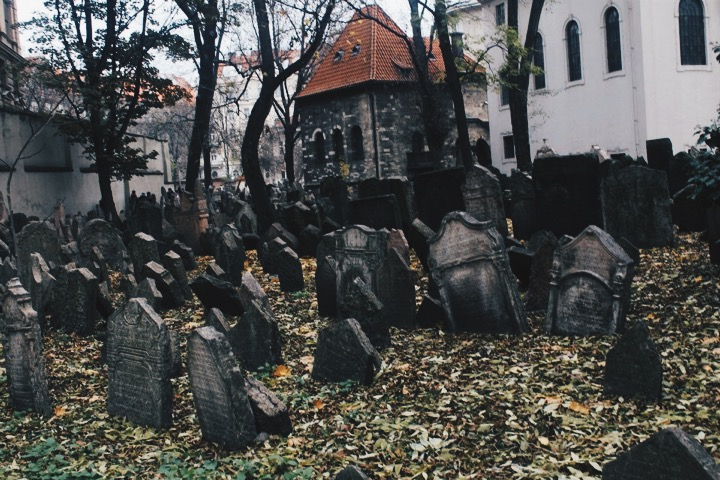 Old Jewish Cemetary in Prague Old Town