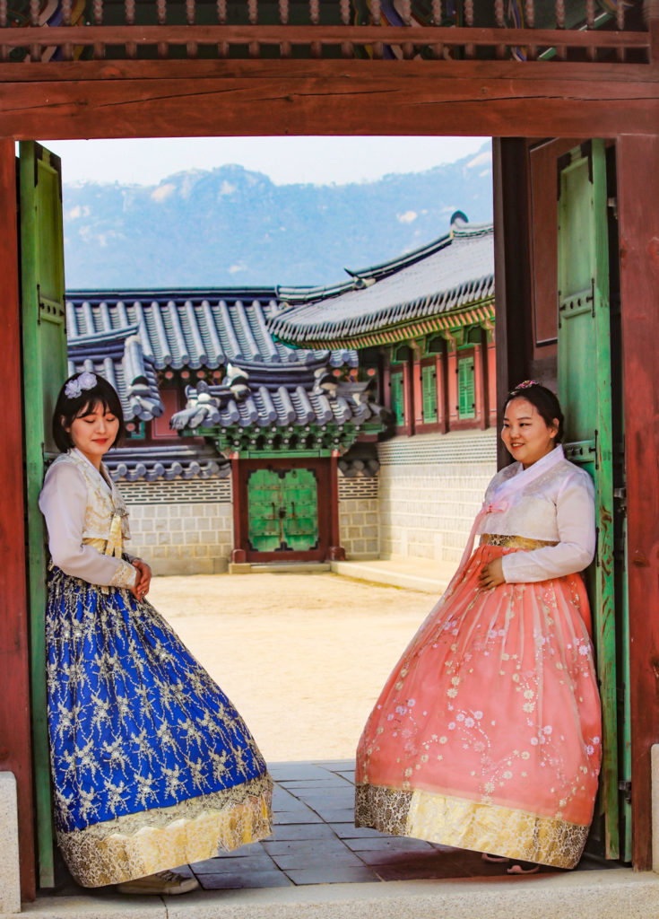 Spring in Korea is the best time to visit Seoul for Gyeonbokgung Palace