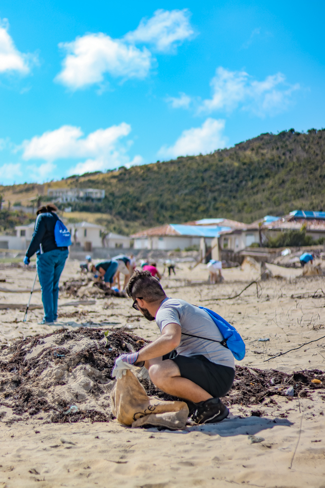 Social Impact Travel beach cleanup in St Maarten
