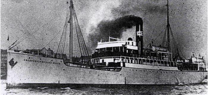 """Das Fahrgastschiff """"Oberbürgermeister Haken"""""""