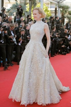 Valentino-Nicole_Kidman