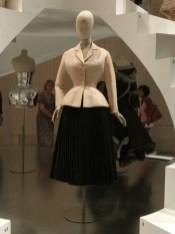 """Där var den! På riktigt. Diors berömda """"The New Look"""", -47"""