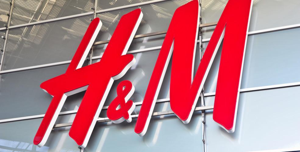 H&M, capsule wardrobe, och trendfärgerna år 2018
