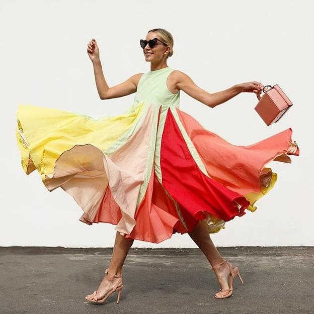 Blair Eadie, färgfestival och mogna svenskor