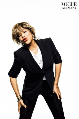 tina-turner-indlekofer-knoepfel-vogue-april-2013-3_tina turner