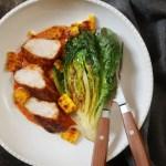 Hähnchen mit Mais und Salat Rezept