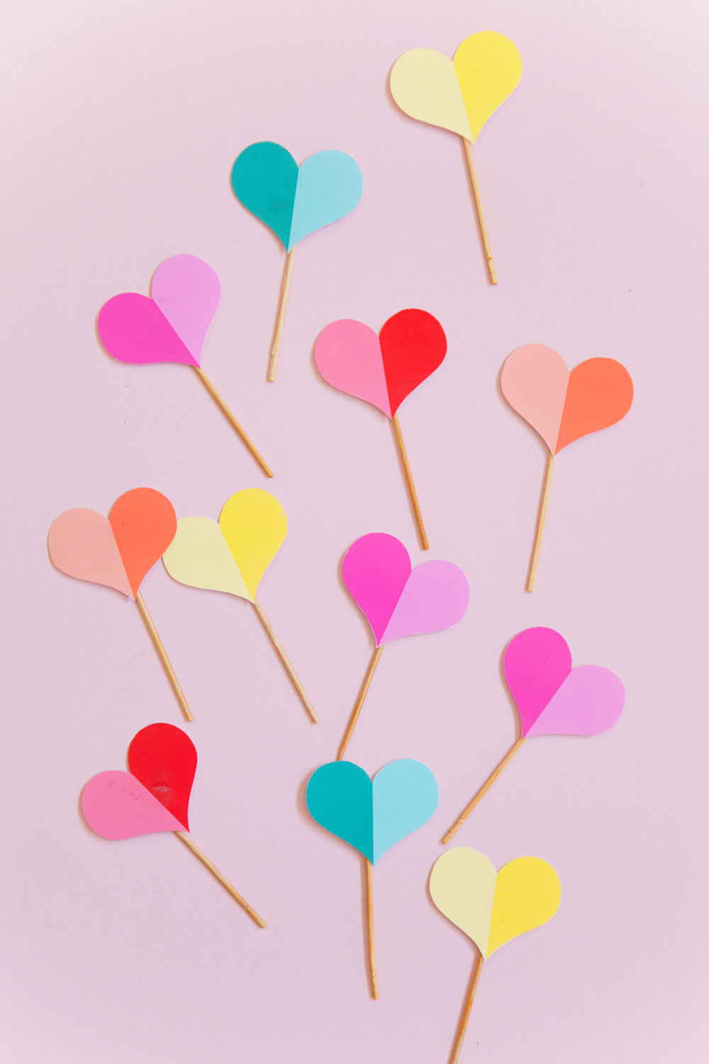 FREE PRINTABLE HEART CUPCAKE TOPPER Tell Love And Party