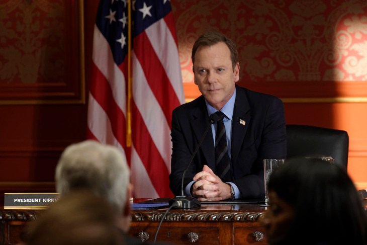 "DESIGNATED SURVIVOR - ""The Interrogation"" - When shots ring out at The White House during a Governors Summit, President Kirkman's plans at electing a new Congress are thrown into turmoil, while Agent Hannah Wells continues investigating the Capitol bombing and makes one of her most shocking discoveries yet on ABC's ""Designated Survivor,"" WEDNESDAY, NOVEMBER 9 (10:00-11:00 p.m. EST). (ABC/Ben Mark Holzberg)"