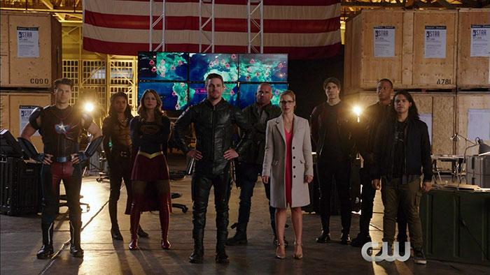 The Flash Review: Invasion! (Season 3 Episode 8)
