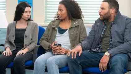 Siren Review: Street Fight (Season 1 Episode 9) | Tell-Tale TV