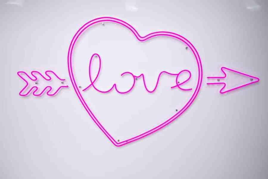Love Island 2019 generic logo