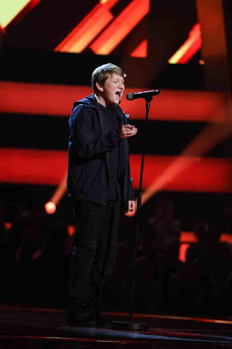 Jamie performs