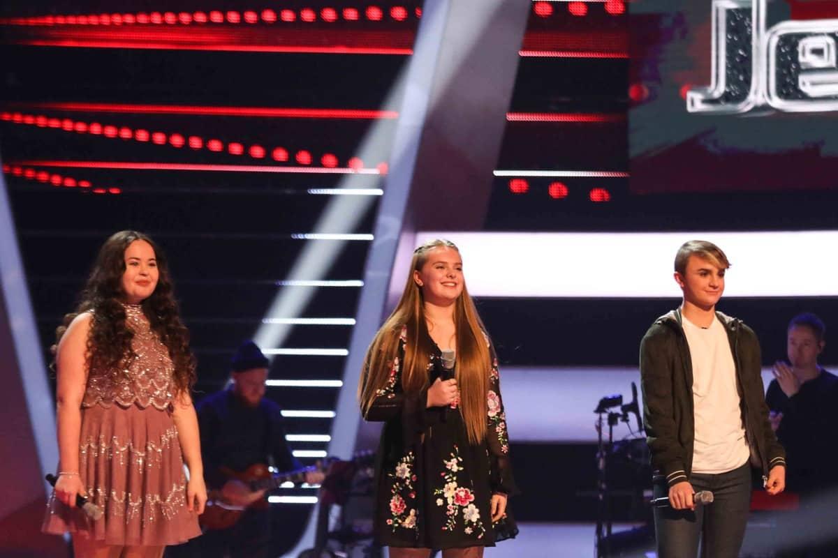 Team Jessie: Charley, Pheobie and Harry perform.
