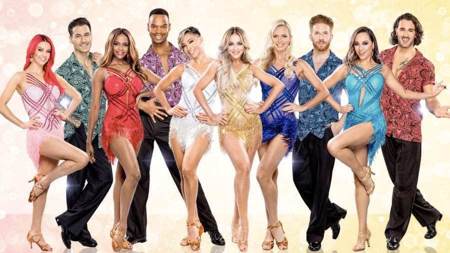 strictly come dancing professionals line up tour