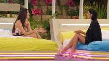 Rebecca and Siânnise talk.