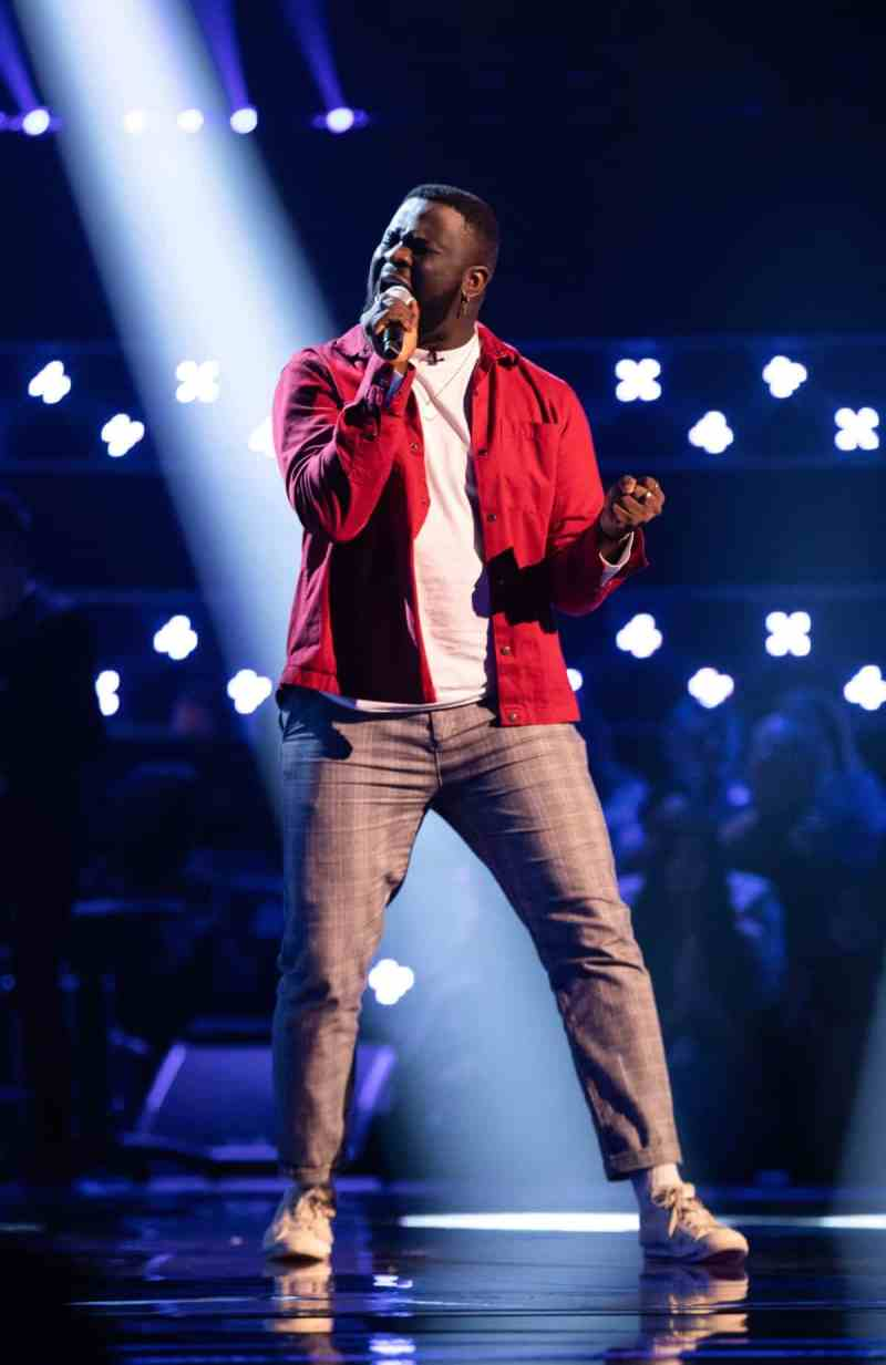 Zion performs.