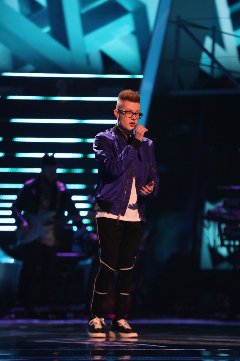 Team Olly: Ty Lewis performs.