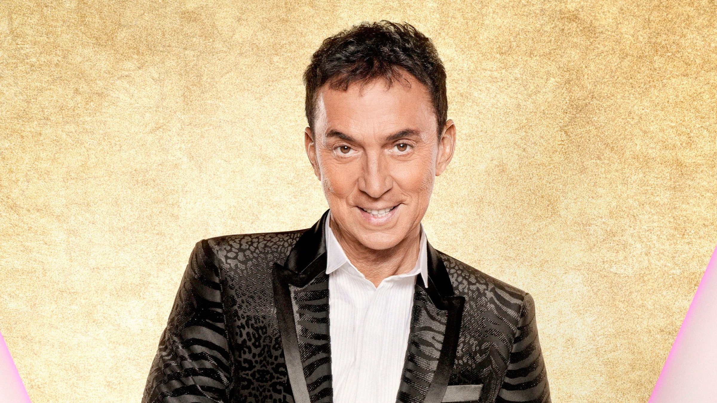 Bruno Tonioli strips completely NAKED and reads his