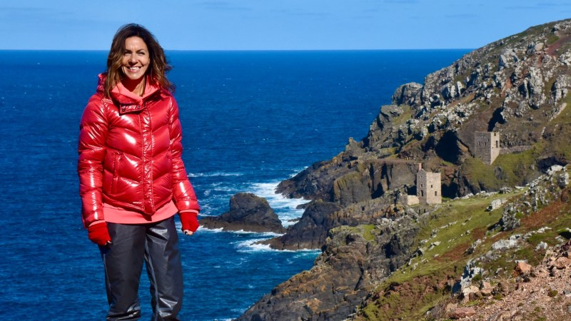Cornwall and Devon Walks with Julia Bradbury itv