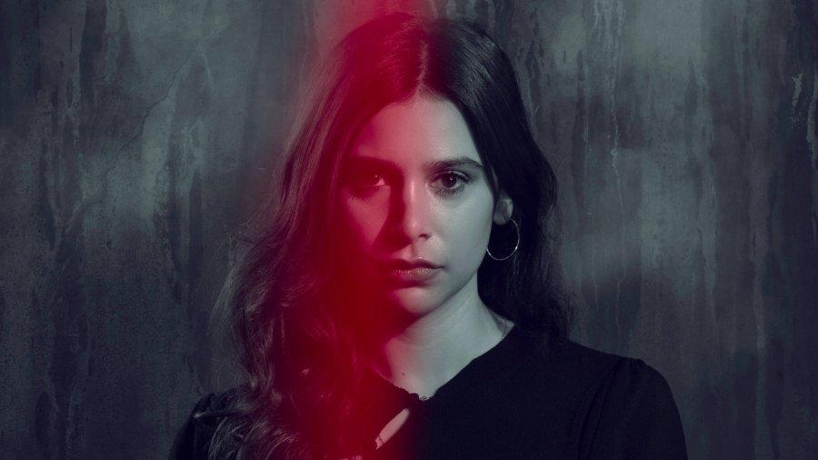 Meena Jutla (Paige Sandhu) Emmerdale