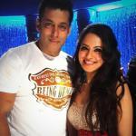 Puja in an elegant selfie with Salman