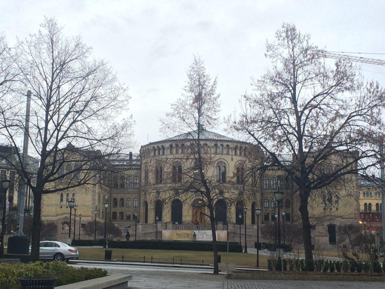Qué ver y hacer en Oslo en 3 días: Parlamento de Oslo