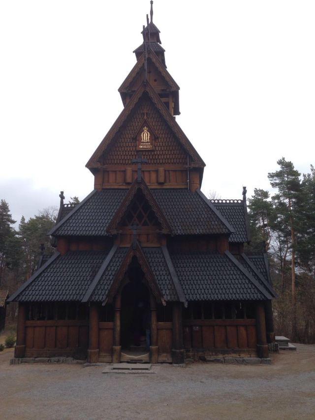 Qué ver y hacer en Oslo en 3 días: Iglesia de madera
