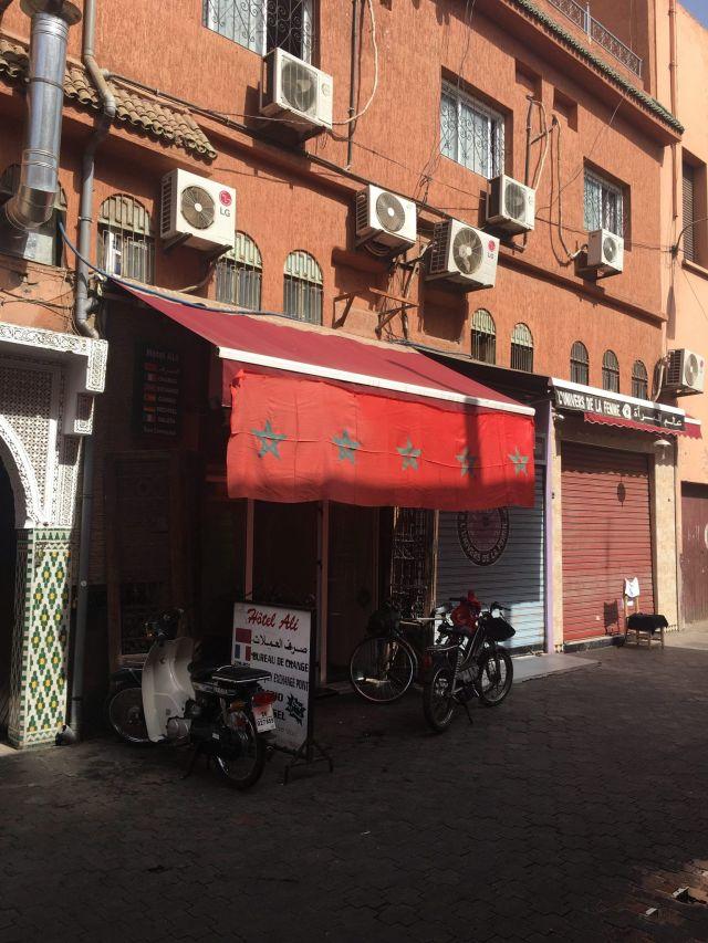 cambiar dinero en Hotel Ali, viajar a Marrakech