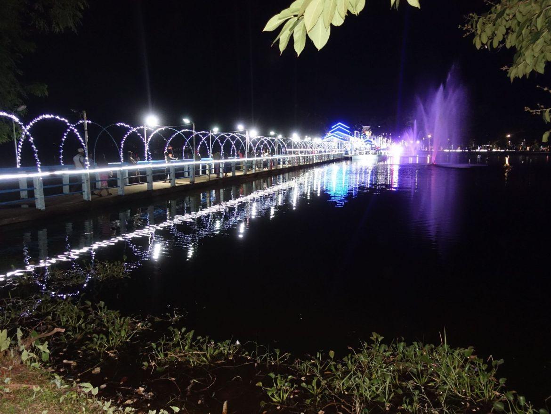 Puente Luminoso en el mercado nocturno: qué hacer en Hpa-An