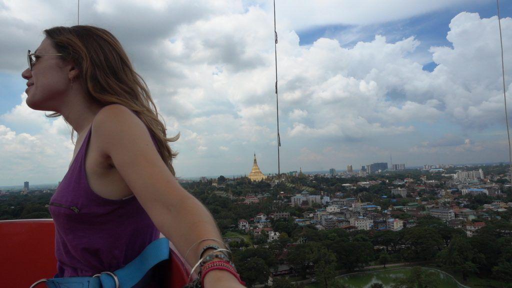 Yangón en 3 días, Mingalarbar Balloon