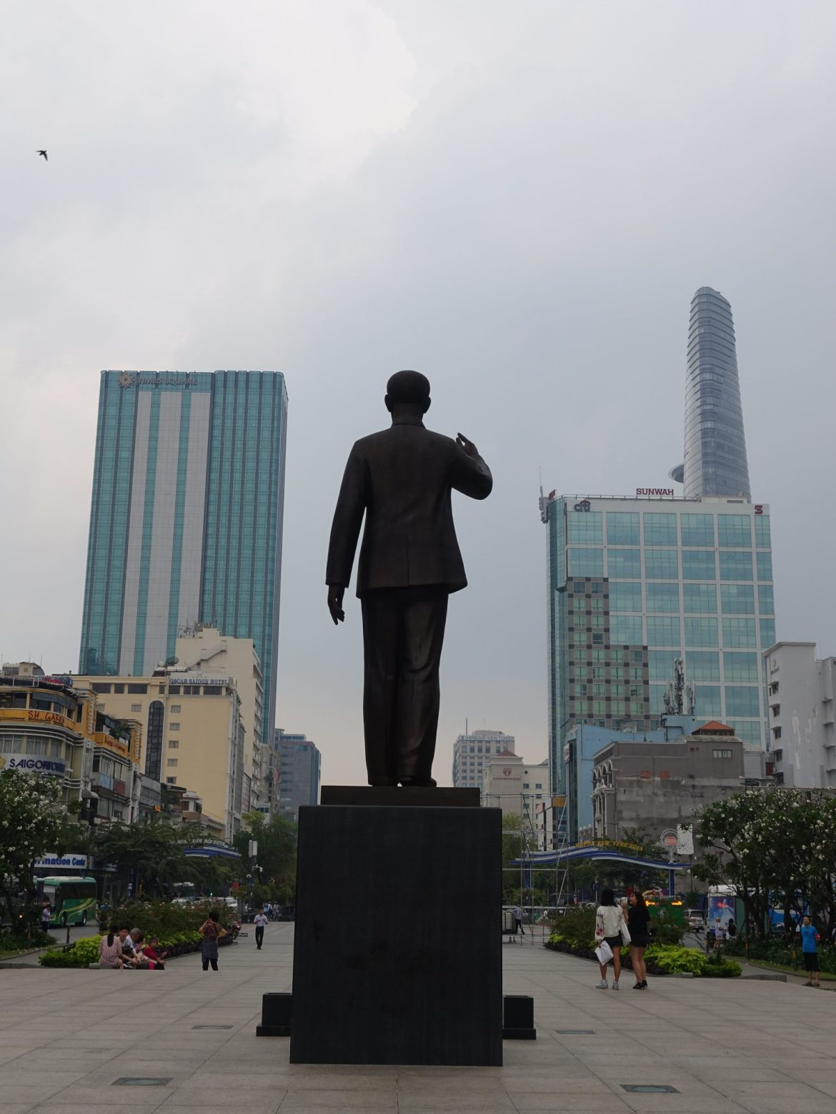 Qué ver y hacer en Ho Chi Minh: Estatua de Ho Chi Minh.