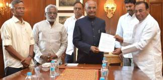 YSRCP MP's meets Ramnath Kovind for AP Special Status