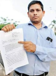 Attack on person for asking traffic challan receipt