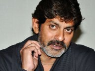 Jagapathi Babu as vilan in mahesh film
