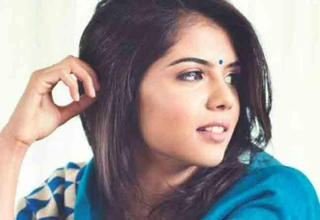 Kalyani to romance Akhil