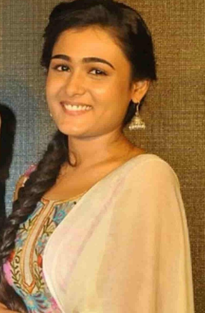 Arjun Reddy Heroine Shalini Pandy Suprising News
