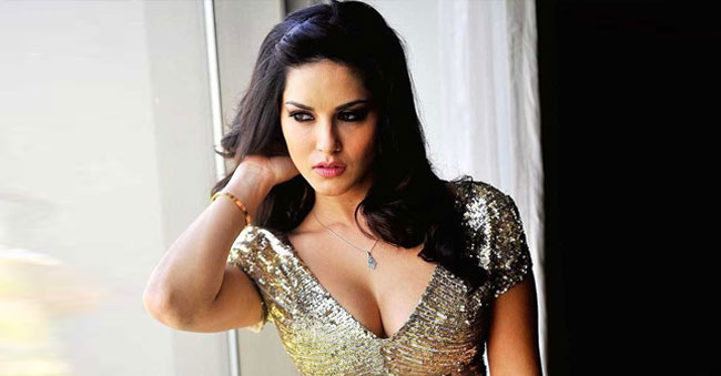Sunny Leone demands 3.25 Crores for South Indian film