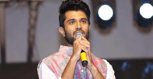 Vijay Devarakonda mesmerizes Kannada fans!