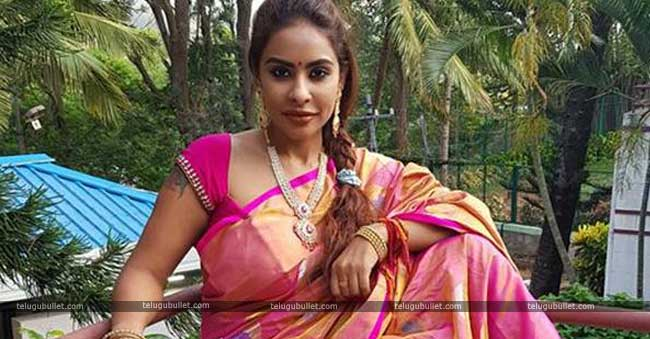 Sri Reddy's Petition: HC Served Notices To Concerned Officials